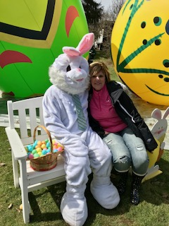 Stoneboro Egg Hunt Beth Hovis and Bunny